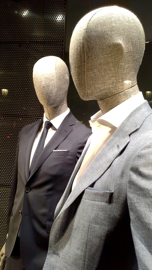 #hugoboss #escaparate #shop #barcelonamoda #fashion #hugoboss #teviac (5)