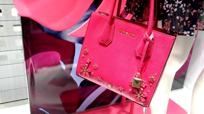 #michaelkors # michaelkorsbarcelona #influencer #fashion #moda #pinksummer #aparador #teviac (6)