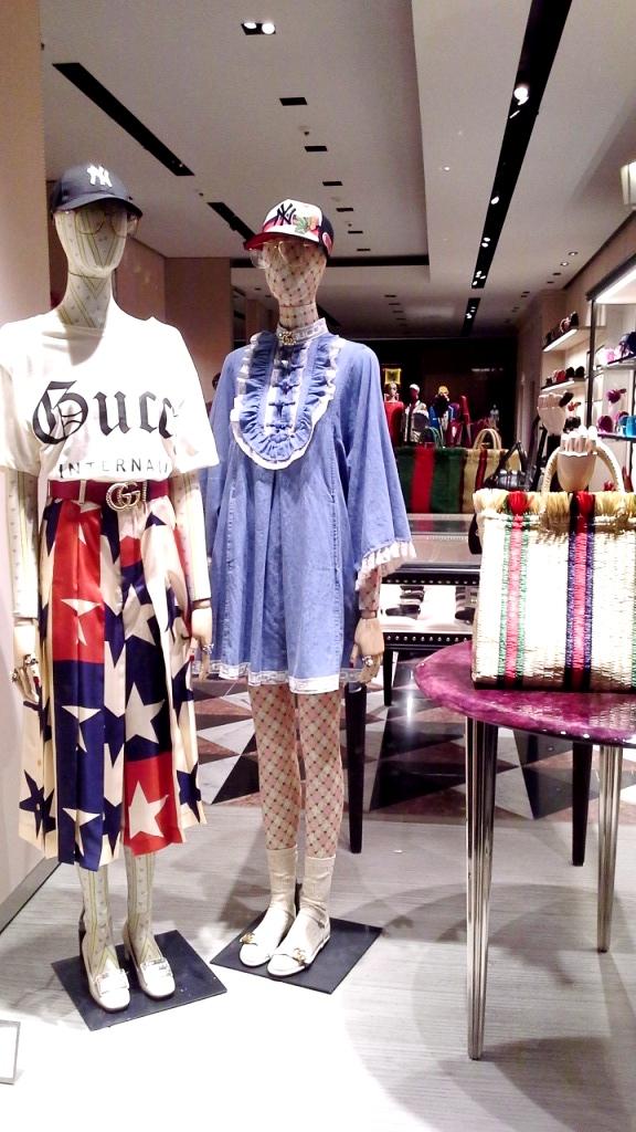 #gucci #guccibarcelona #shop #luxe #escaparatebarcelona #escaparatismobarcelona (1)