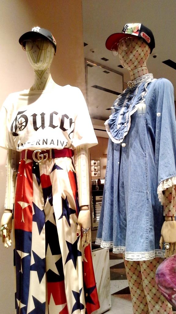 #gucci #guccibarcelona #shop #luxe #escaparatebarcelona #escaparatismobarcelona (3)