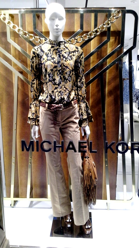 #michaelkors #vetrina #moda #trend #moda #tendencia #barcelona #paseodegracia #michaelkors2019 (1)