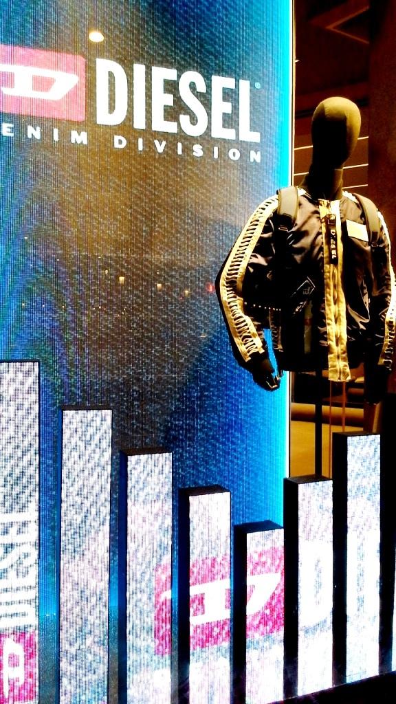 #diesel #diesel escaparate #fashion #vetrina #dieselotoño #trend #shopdiesel #haterdiesel #campaigndiesel2018 #barcelonamoda (4)