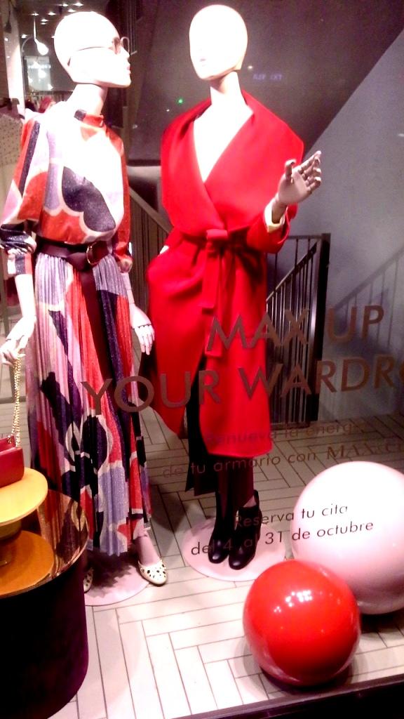 #maxandco #maxandcobarcelona #fashionmaxandco #maxandcospain #trend #escaparate #fashion (6)