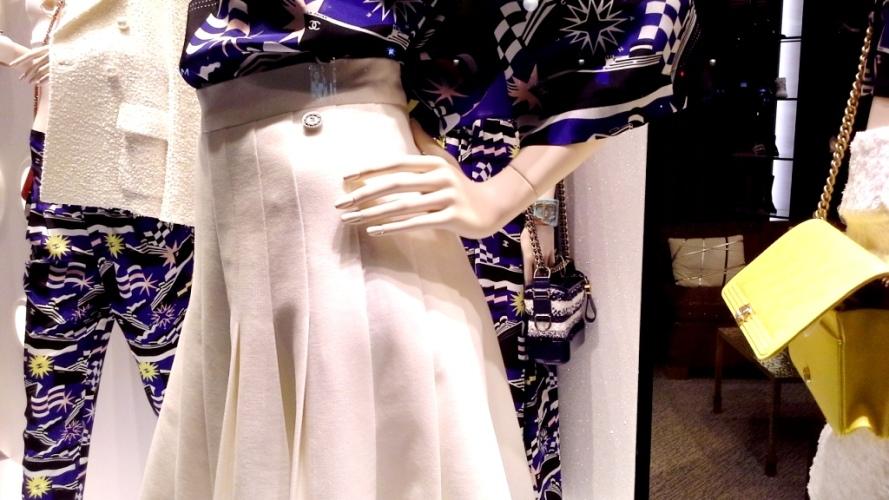 #chanel #chanelbarcelona #fashion #luxe #barcelonamoda #teviac #escaparate #window #vetrina chanel (11)
