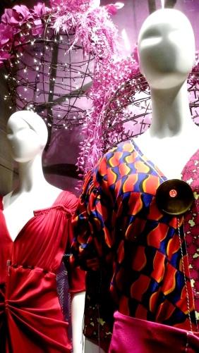 #jeanpierrebua #jeanpierrebuabarcelona #escaparate #vetrina #barcelonafashion #comprarmoda #tendencia #fashion #aparador (2)