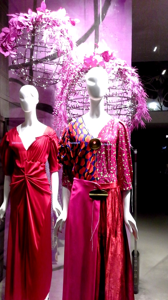 #jeanpierrebua #jeanpierrebuabarcelona #escaparate #vetrina #barcelonafashion #comprarmoda #tendencia #fashion #aparador (3)