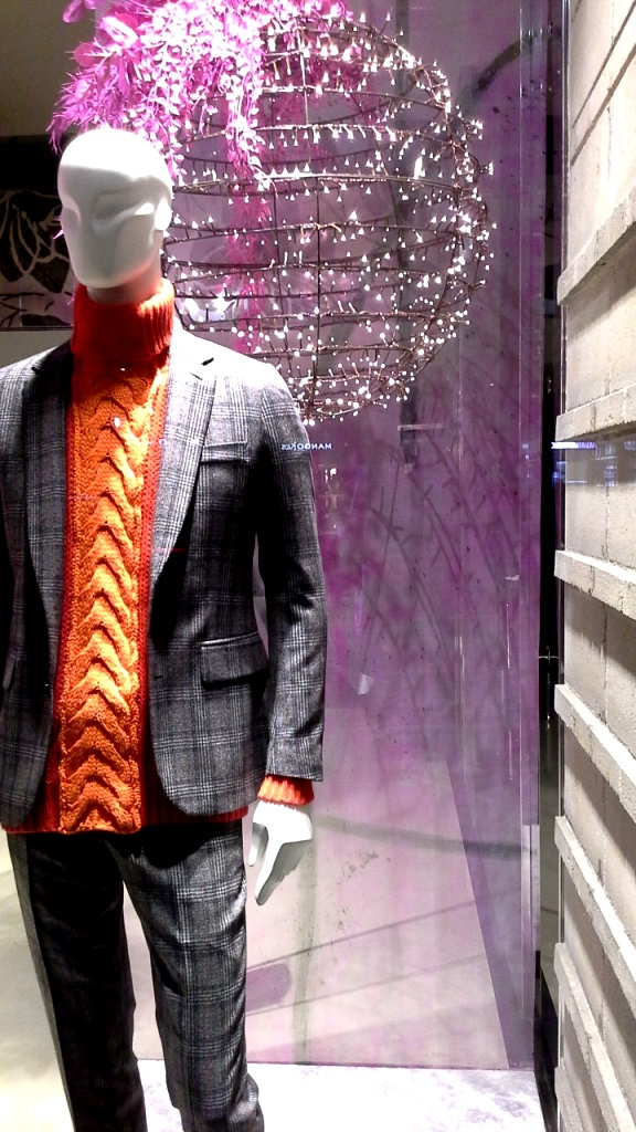 #jeanpierrebua #jeanpierrebuabarcelona #escaparate #vetrina #barcelonafashion #comprarmoda #tendencia #fashion #aparador (6)
