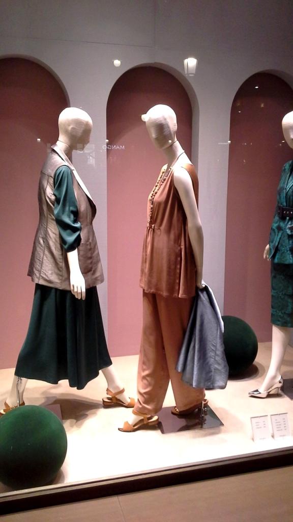 #marinarinaldi #trendy #fashion #vetrina #shop #barcelona #window #tendencia #modafemenina #shoponline (1)