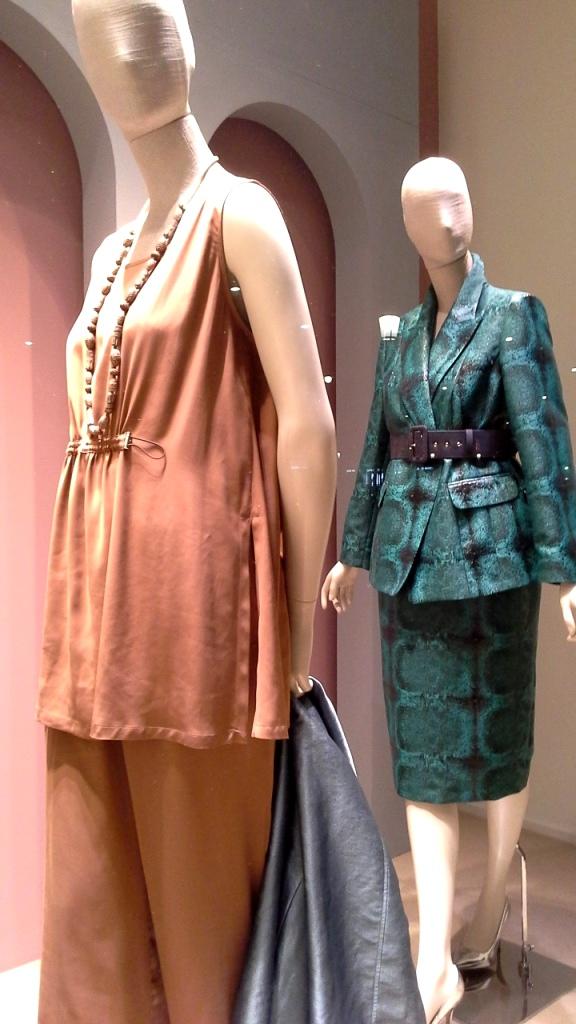 #marinarinaldi #trendy #fashion #vetrina #shop #barcelona #window #tendencia #modafemenina #shoponline (5)