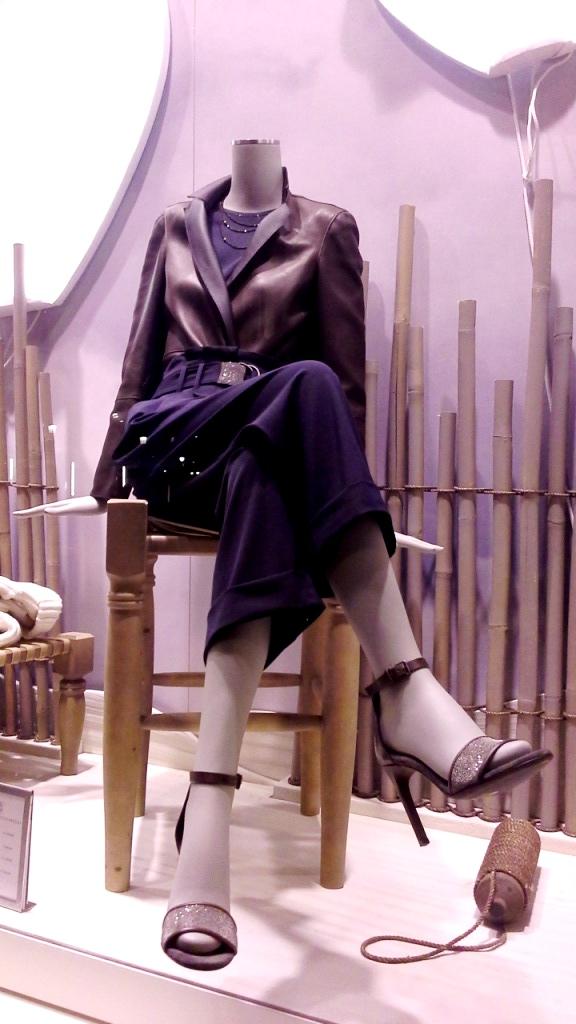 #brunellocucinelli #brunellocucinellibarcelona #trendy #fashion #escaparatebarcelona #teviac #brunellocucinellinewcollection #ss2019 #aparador (7)