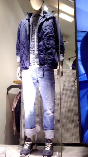 #gstar #gstarescaparate #gstarbarcelona #shoponline #shoponlinegstar #trendy #fashion #vetrina #aparador #escaparatista #jeans (2)