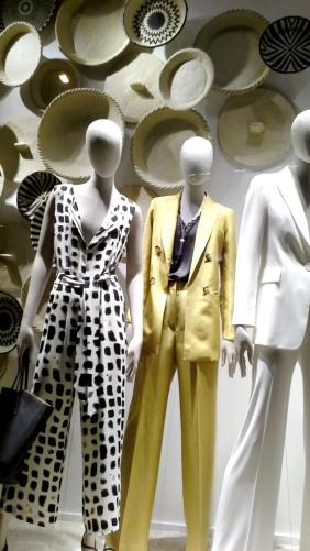 #massimodutti #massimoduttibarcelona #paseodegracia #fashion #influencer #shoponline #zara #trendy #womenmoda #modahombre #newcollection #spring2020 #yomequedoencasa (2)