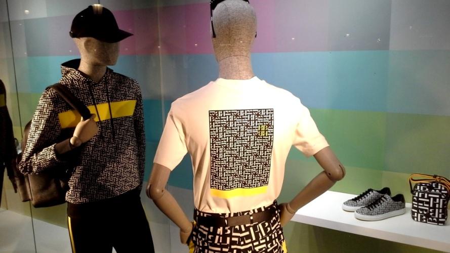 #hugoboss #hugobossbarcelona #comprarahora #fashion #teviac #escaparate #retail #vetrina #hugobossss20 #trendy #moda #aparador (5)