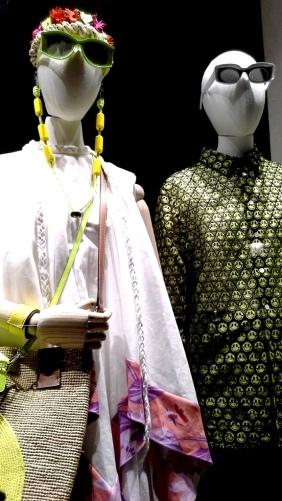 #loewe #comprarloewe #paseodegracia #tourism #luxe #comprasdelujo #loewebarcelona #shop #aparador #visualmerchandiser #moda #fashion www.teviacescaparatismo.com (2)